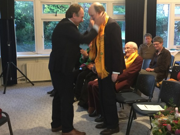 André Kalden bedankt bestuurslid Jan de Breet voor zijn inzet.