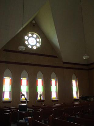 À l'intérieur de l'Église Roussy-Mémorial (photo récente)