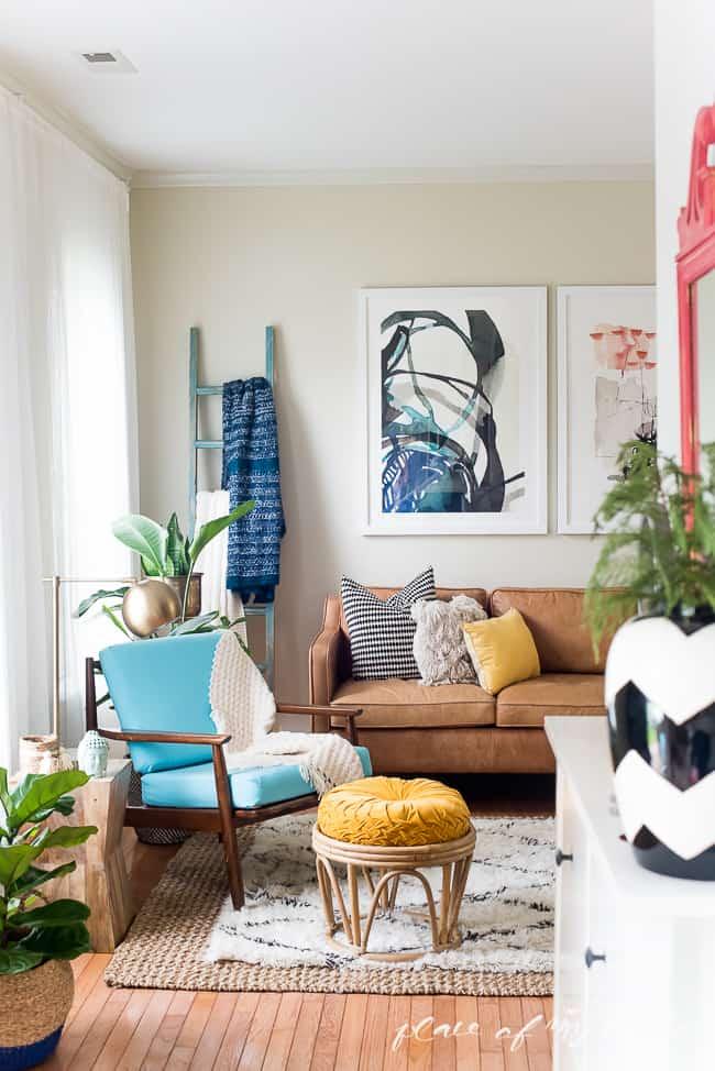 FUN AND BRIGHT BOHO LIVING ROOM DECOR on Fun Living Room Ideas  id=71542