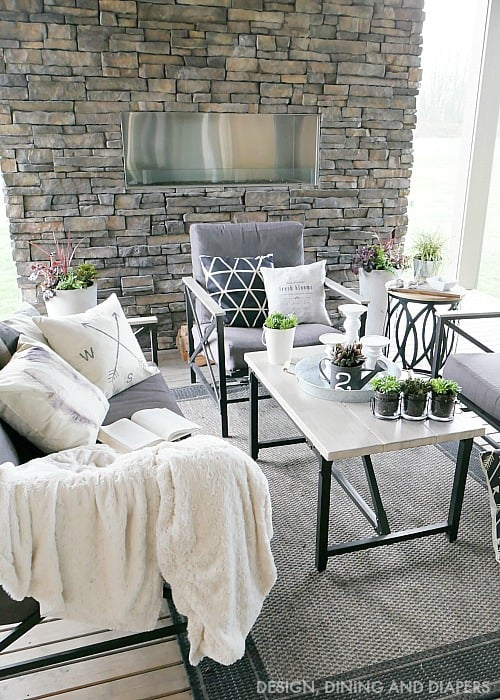 10 STUNNING OUTDOOR SPACES - PLACE OF MY TASTE on Farmhouse Outdoor Living Space id=60423