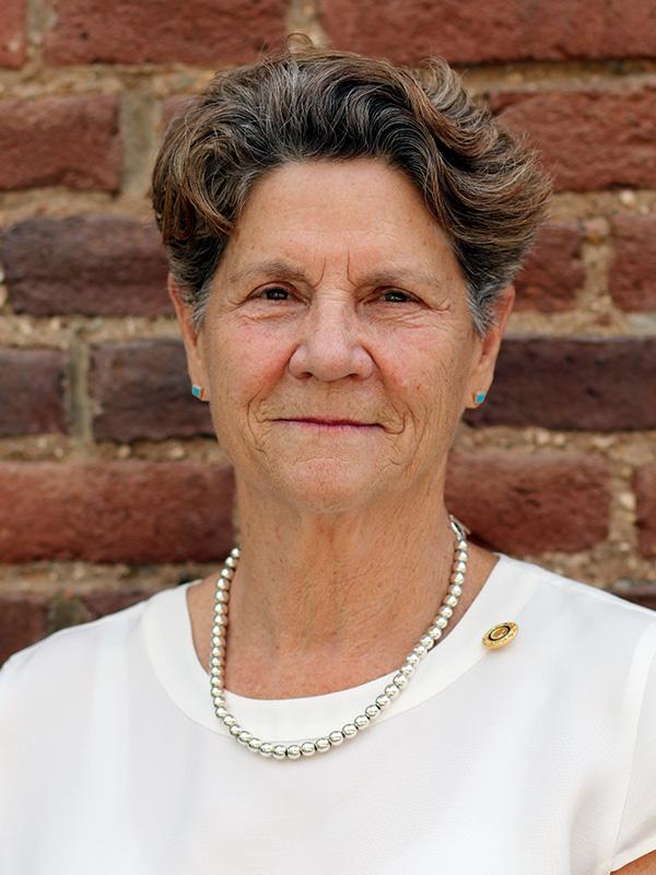 Elizabeth Jansen