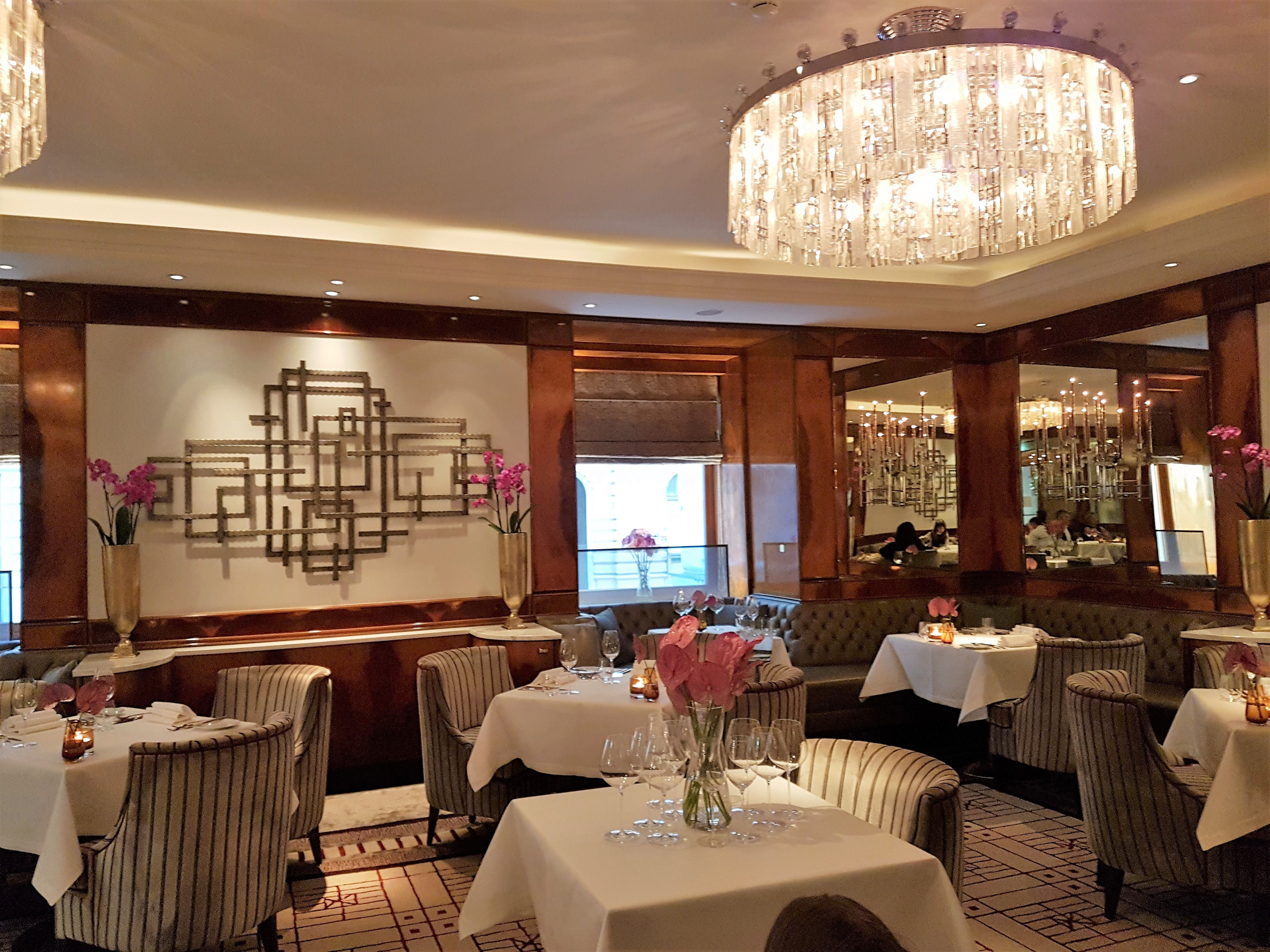 WHO IS THE REAL STAR OF RESTAURANT OPUS, VIENNA?