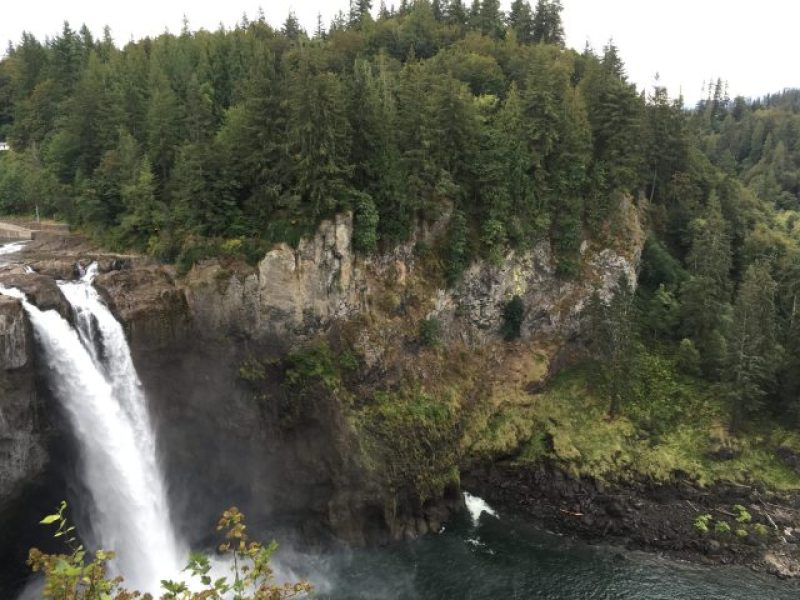 Another photo of Snoqualmie Falls from the upper level.