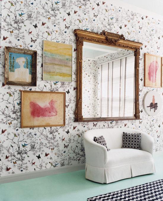 mirror-above-sofa