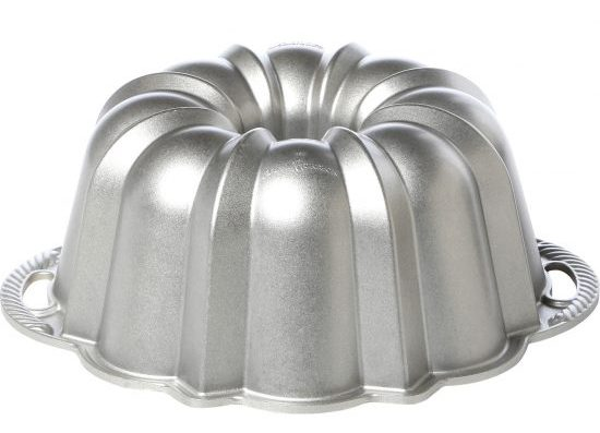nordic-ware-platinum-60th-anniversary-bundt-pan-50037