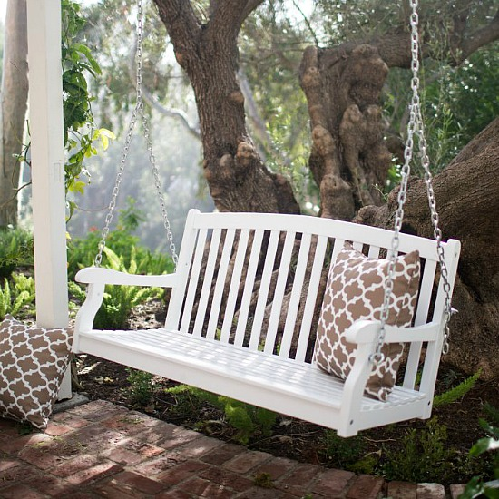 Coral Coast Pleasant Bay 4 ft. White Curved Back Porch Swing