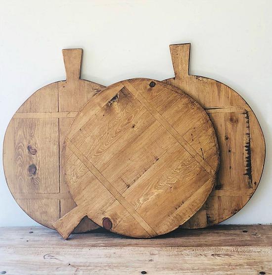 round-bread-board-vintage
