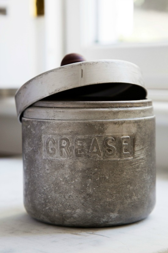 vintage-grease-canister