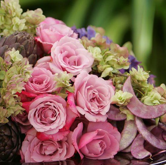 pink-roses-hydrangea