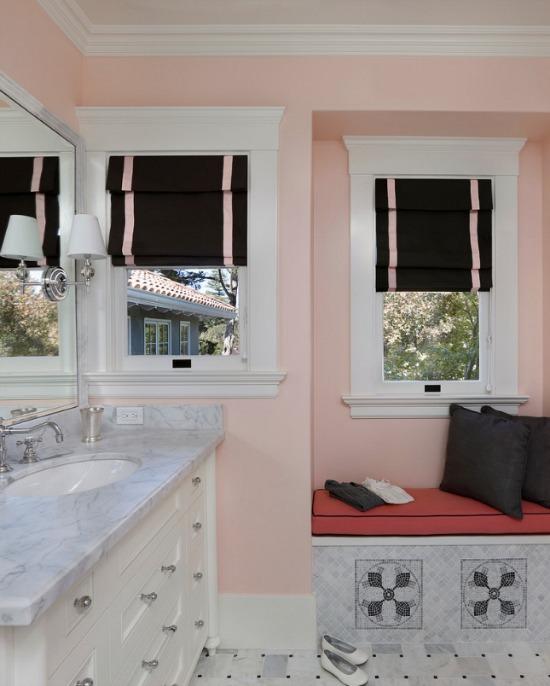 pink-black-bathroom