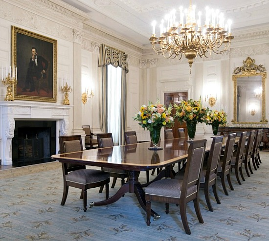 White_House_State_Dining_Room_2015