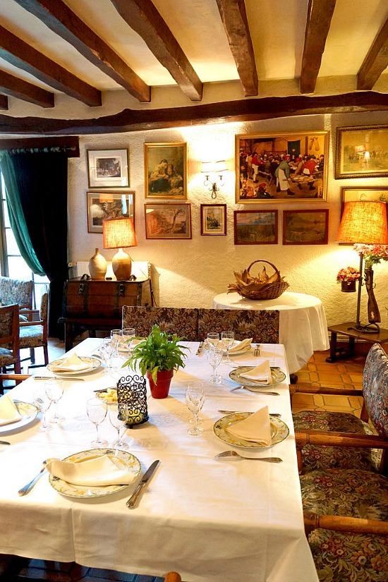 Restaurant-de-la-tour