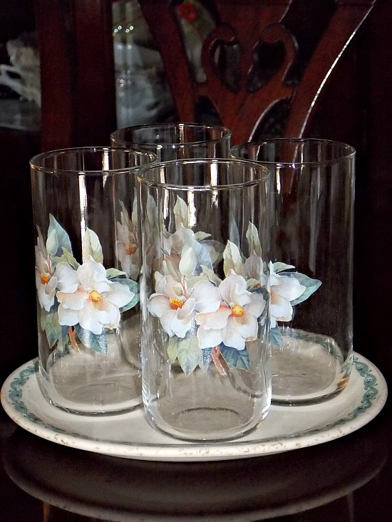 drinking-glasses-magnolia