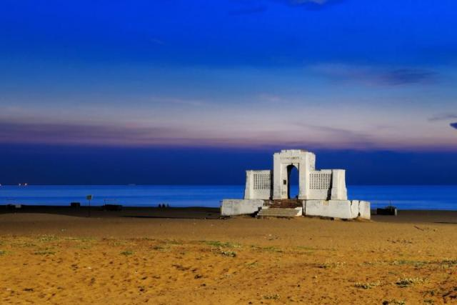Elliot's Beach places to visit in chennai