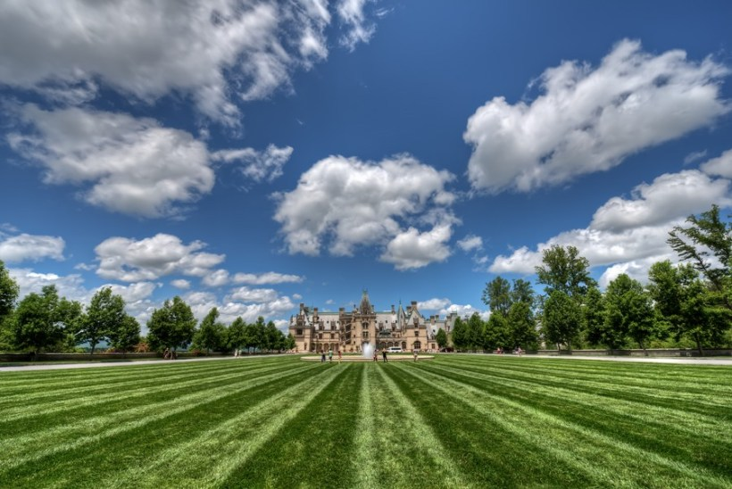 Biltmore House - Click to see it in High Resolution!