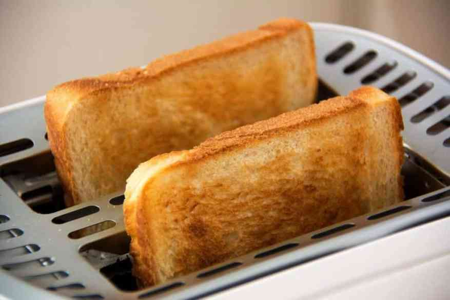 toaster with two loaves of bread