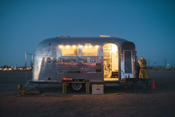 this-gallery-shop-on-wheels-travels-all-over-the-us1