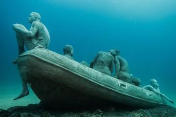 content_plain-magazine-jason-decaire-underwater04