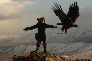 content_plain-magazine-mogolia-eagle-02
