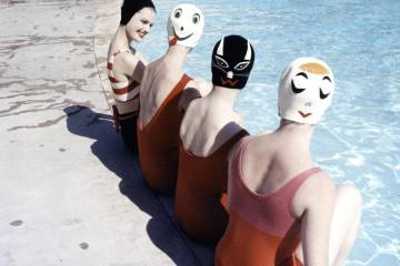 content_plain-magazine-swimcap-double-02