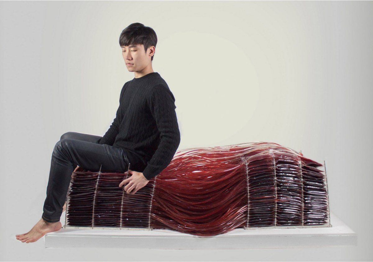 Blood Chair Hyun-gi Kim