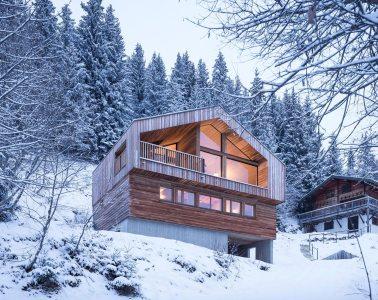 Studio Ravazi Mountain Home Architecture