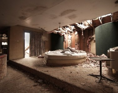 Seph Lawless Abandoned Hotels Photography