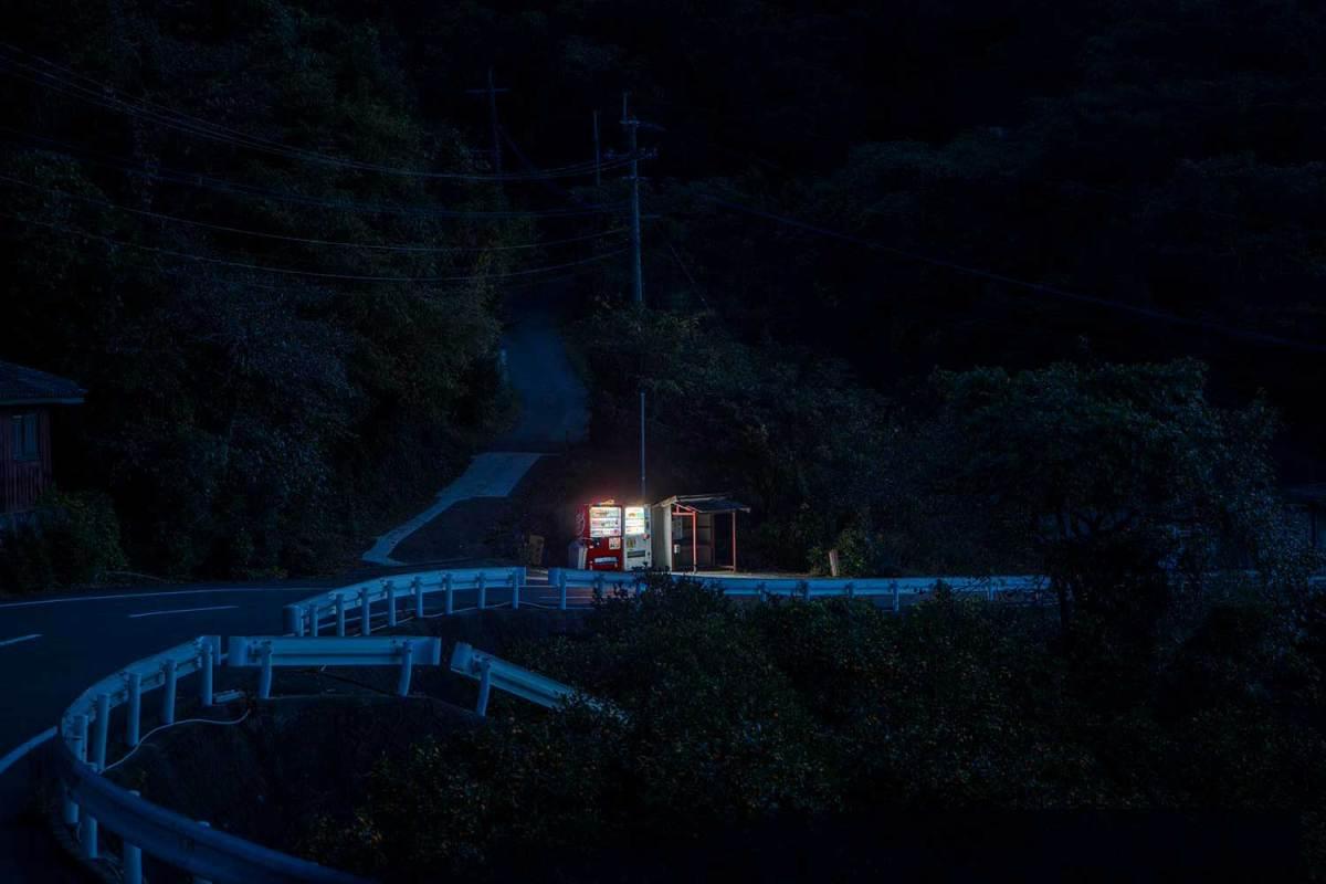Eiji Ohashi Roadside Lights Photography