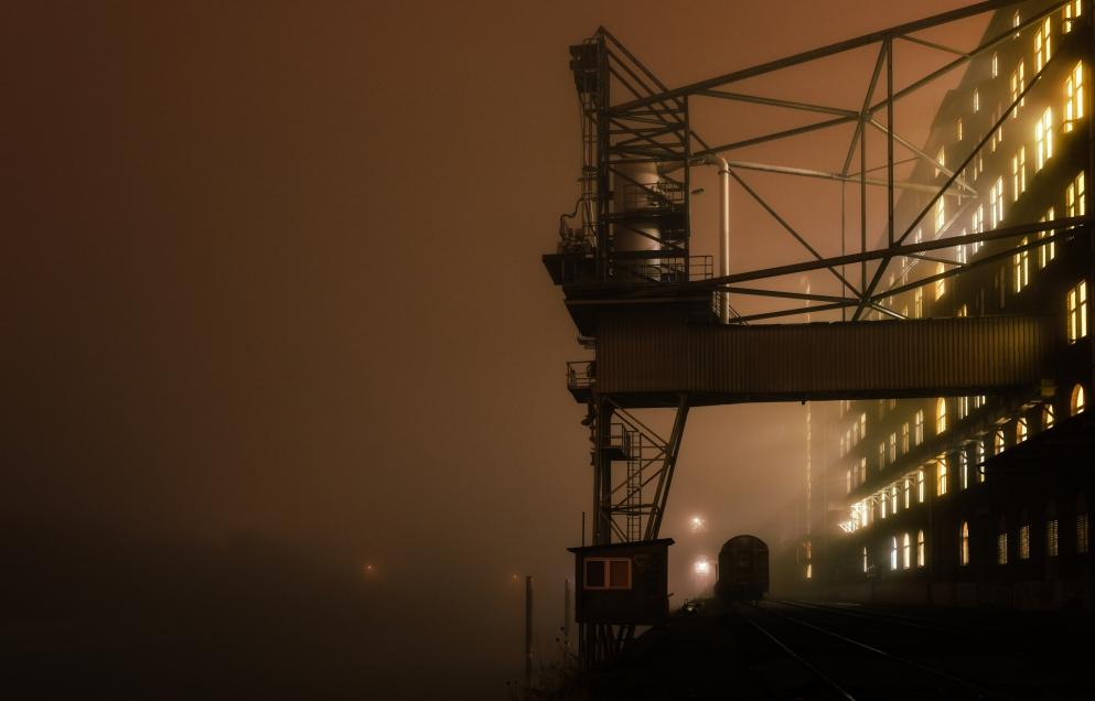 Cinematic Nighttime Photography by Michael Streckbein - PLAIN Magazine
