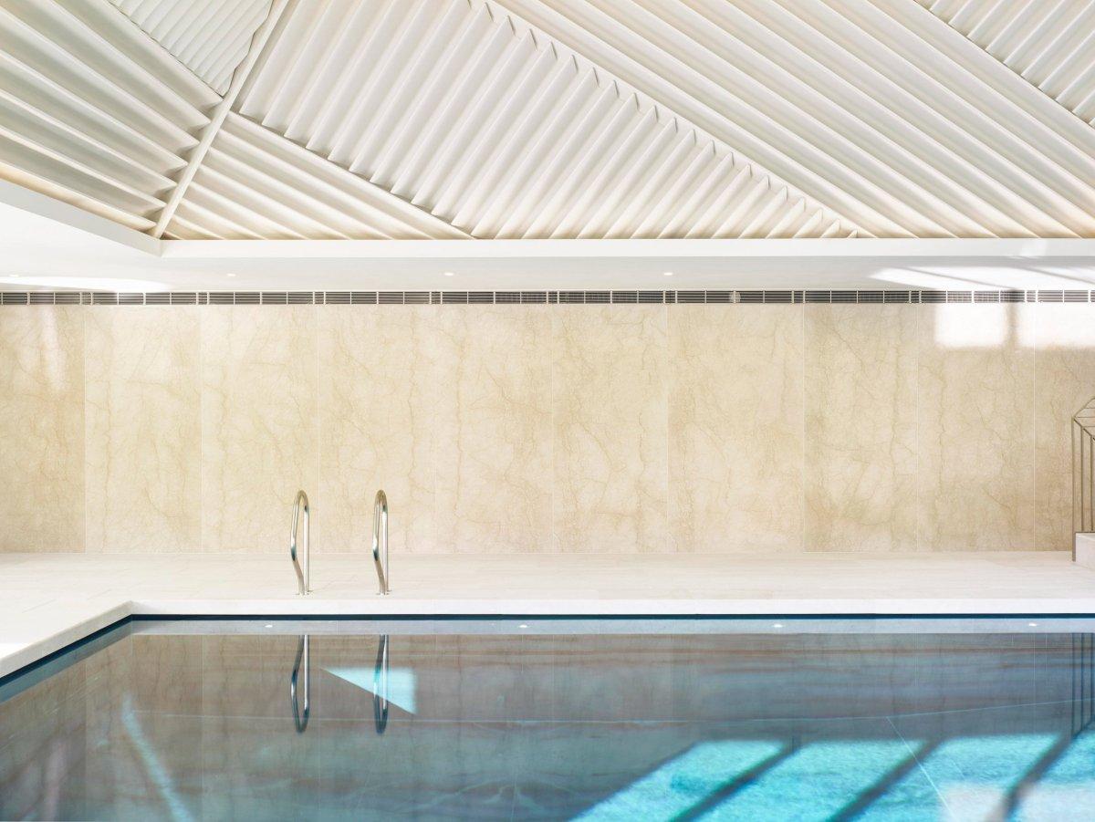 Rafael de Cárdenas Slides Pool