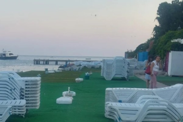 Burgazada Halk Plajı