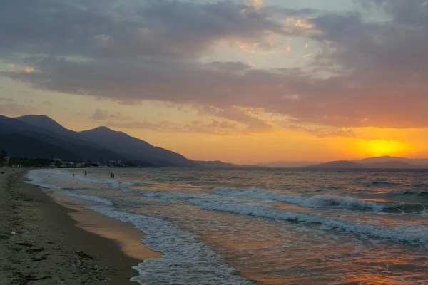 Güzelçamlı Venüs Plajı