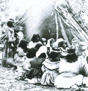 Miwok-Paiute_ceremony_in_1872_at_current_site_of_Yosemite_Lodge