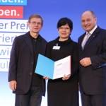 E.Heumeyer, Ines Senftleben, Staatssekretär Bomba Preisverleihung 2012