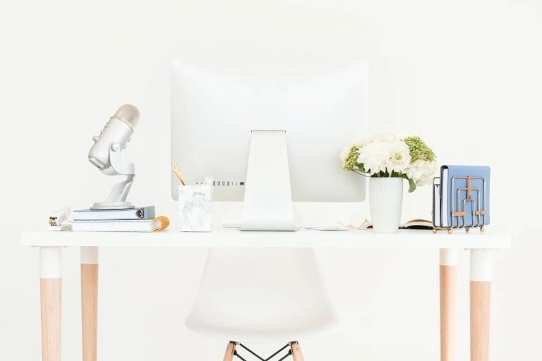 Side Business Ideas For Ladies - Start A Podcast