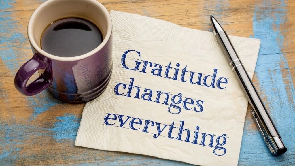 How to manifest money with a napkin that says gratitude changes everything