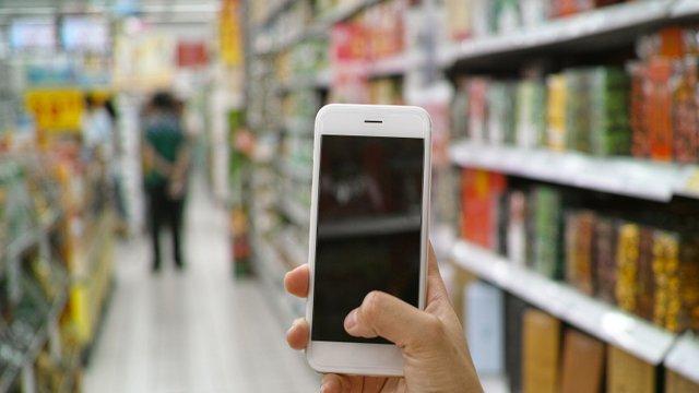 mobile_retail_640.jpg__640x360_q85_crop_subsampling-2