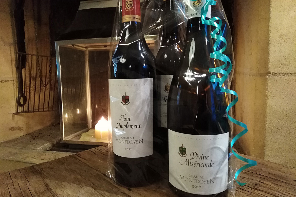 Christmas wine gift set