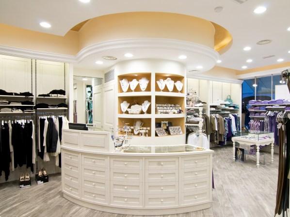 boutique - negozio di abbigliamento femminile