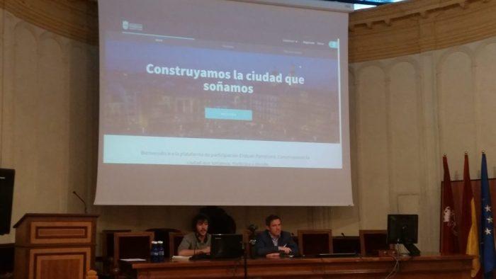 Presentación tecnología y democracia