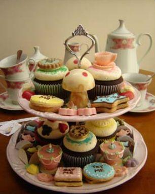 Chá da tarde inspirado em Alice no País das Maravilhas - por Chocoholic