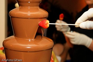 Cascata de chocolate para casamento