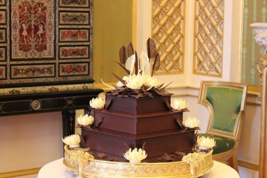 Bolo de chocolate com biscoitos McVities do casamento real