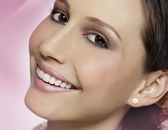 Casamento diurno: maquiagem para noiva em tons de rosa e terracota