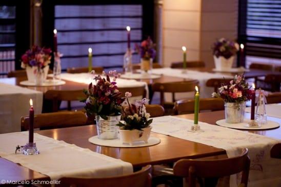 Decoração de casamento retrô: mesa em tons de lilás - da Antique et Romantique