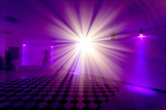Casamento: pista de dança da Caza 324, para mini wedding