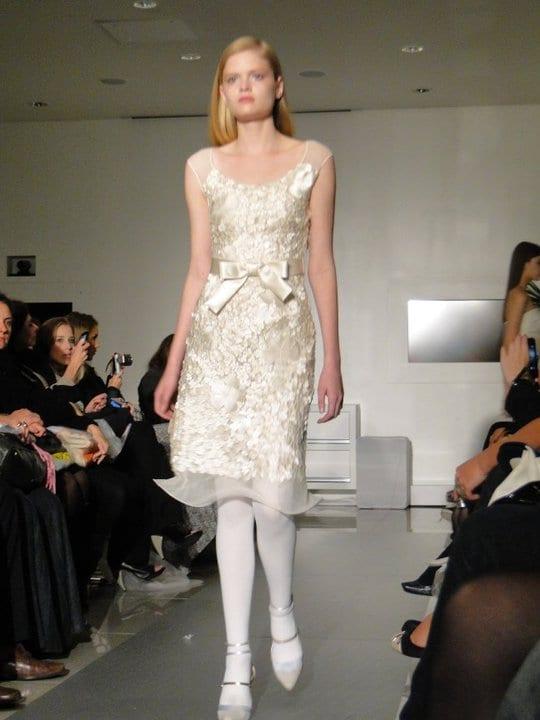 Vestido de noiva curto de Glória Coelho