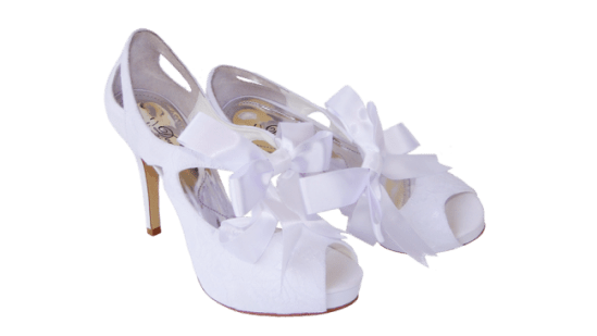 Calçados de noiva: sandália abotinada de noiva branca da Durval Calçados