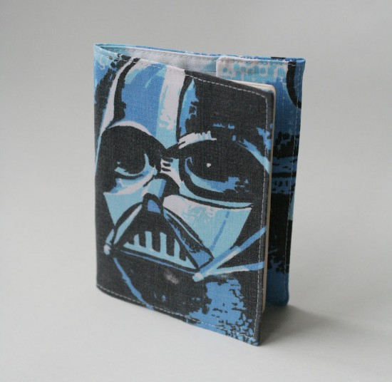 Porta-passaporte Star Wars Darth Vader.