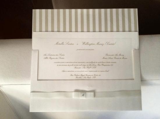 Convite do casamento de Mirella Santos e Ceará do Pânico.